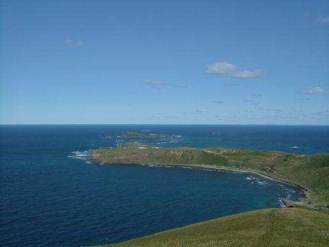 北の海に向かって伸びるスコトン岬。