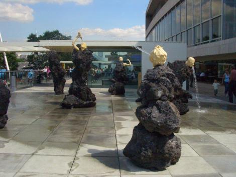 Waterlooの彫刻たち