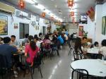 典型的な台湾レストラン.