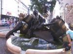 Statue_choking