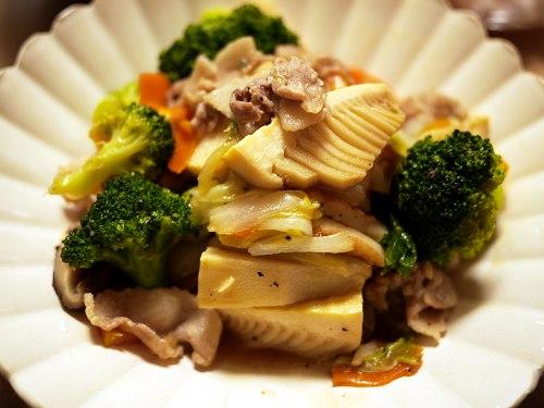豚肉とちくわで八宝菜風