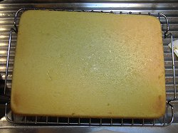 ケーキを冷ます