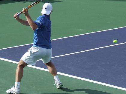 1011_tennis.jpg