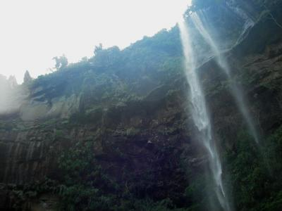 ピナイサーラの滝つぼより