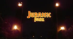 夜のジュラシックパーク