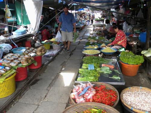 maeklong 市場2