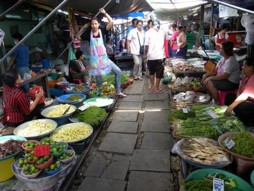 maeklong 市場