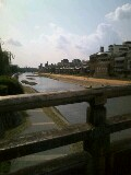 橋からの眺め。
