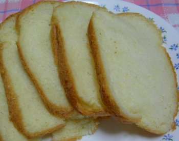 一応、8枚切り+パンの耳
