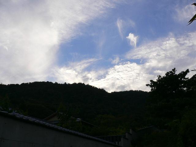 嵯峨野の空。