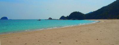 110330_03_beach.jpg