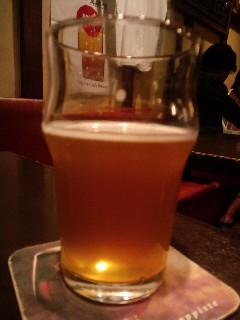 2011,06,03_2353 GGにてピートスモークビール(ひでじ)2