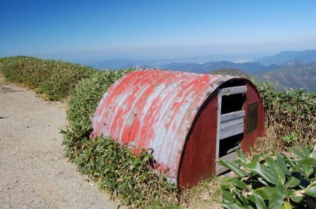1一の倉沢岳避難小屋43