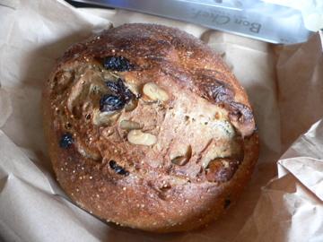 東風いちじくパン