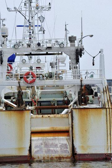 blog Kushiro, Fishing Boats_DSC0006-6.28.11 (1).jpg