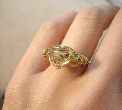 oil in quartz ring