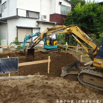 木格子の家1010850
