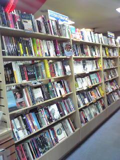 タワーブックス洋書棚2