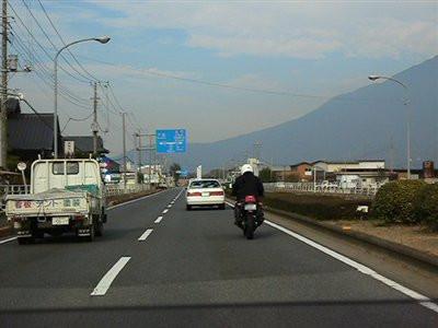 筑波学園都市を抜けます