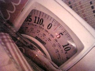 体重計で計ってみる・・・w