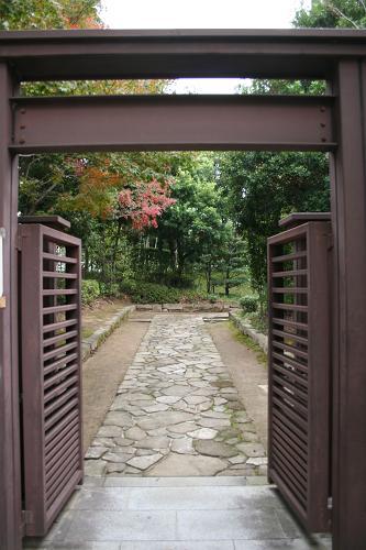 日本庭園入り口門