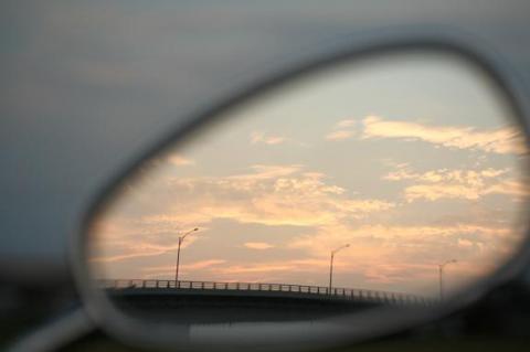 ミラーに写る夕陽w