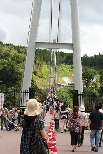 日本一のつり橋へ~w