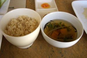 玄米とスープ