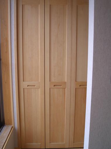 木製収納戸