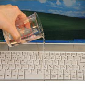 こぼし 水 ノート た パソコン