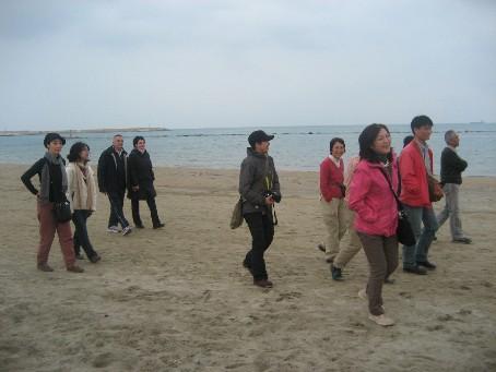 海岸散歩全員